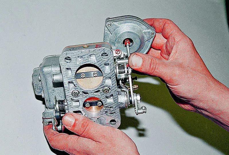 Замена успокоительной пружины тяги дроссельной заслонки мотопомпы