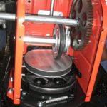 Замена приводной шестерни оси колес снегоуборщика