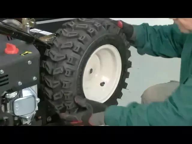 Замена колеса снегоуборщика
