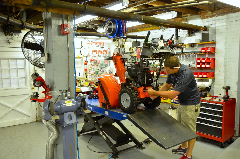 Диагностика и ремонт снегоуборщиков